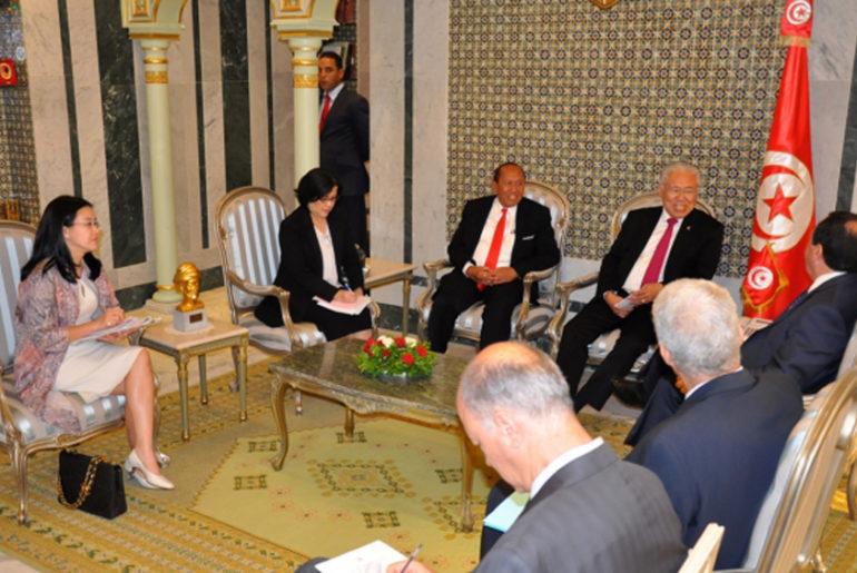 mendag-ri-dengan-menteri-luar-negeri-tunisia-khemaies-jhinaoui-2