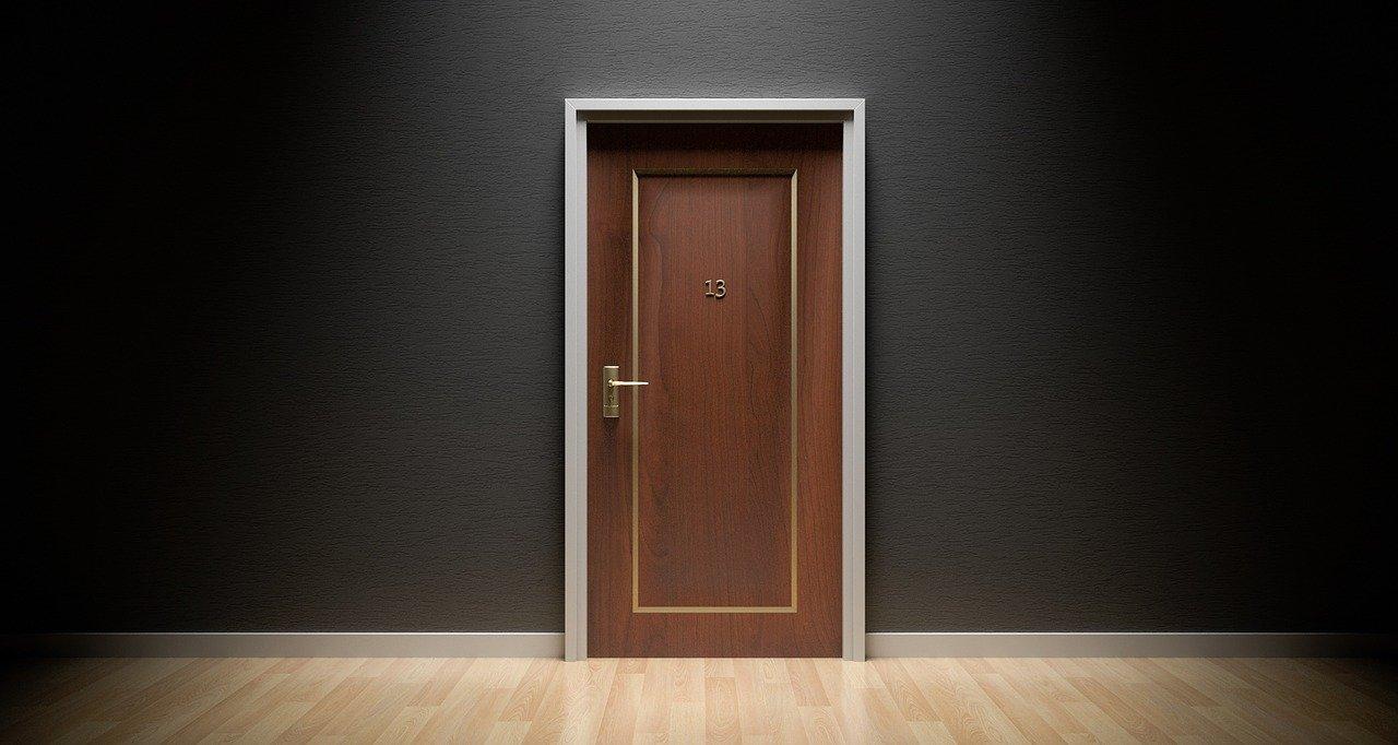pintu tahan api